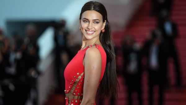 Irina Shayk, de rojo en Cannes