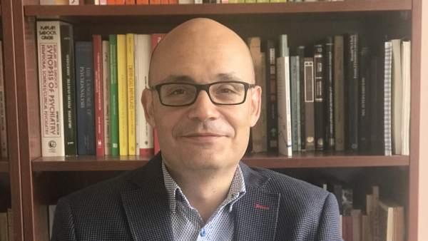 Miguel Perlado, experto en derivas sectarias