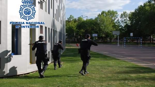 Simulacro de la Policía Nacional en Logroño