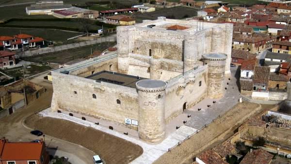 El Castillo de los Sarmiento, de Fuentes de Valdepero 9-5-2018
