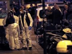 Agentes de la policía forense francesa