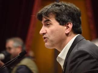 El diputado de ERC, Sergi Sabrià, durante el pleno de investidura de Quim Torra.