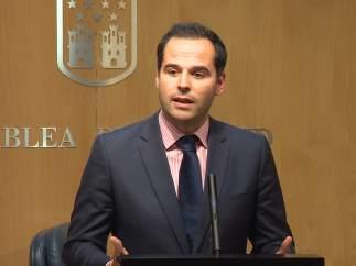 El portavoz de Cs, Ignacio Aguado, en la Asamblea de Madrid