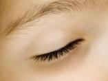 ¿Te levantas siempre con ojeras?: posibles causas (y cómo evitarlas)