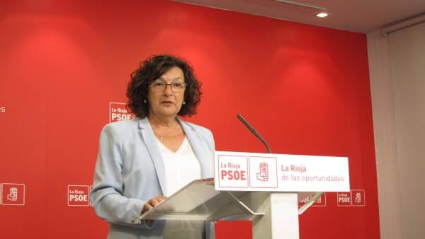 La Diputada Del PSOE, Ana Santos