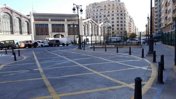 Entorno del Mercado Central y la Plaza de Brujas de València