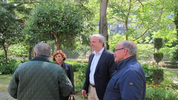 Azcón ha visitado este miércoles el centro de mayores Laín Entralgo