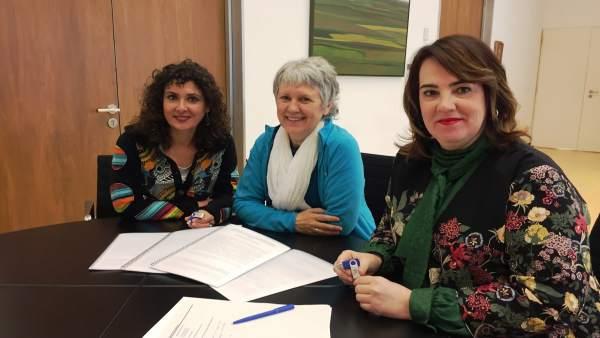 Olga Beortegui, Marisa Aristu y Ainhoa Aznárez.