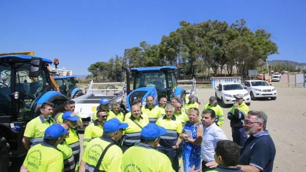 Muñoz informa de las inversiones en las playas de Marbella