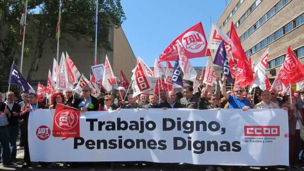 Temprano y Andrés en la concentración de Valladolid 16/5/2018