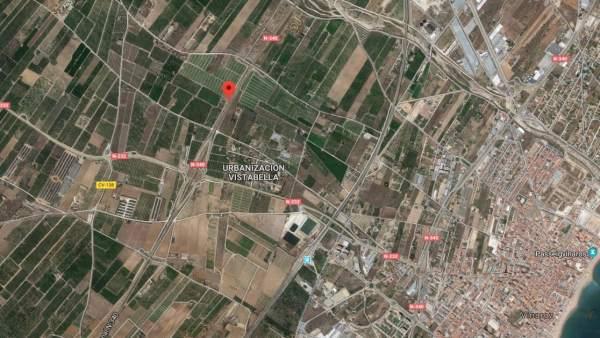 Successos.- Un mort i tres ferits en un accident entre quatre camions i un cotxe a l'N-340, a Vinaròs