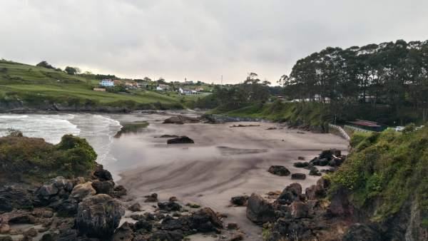 Playa de Santa María del Mar, en Castrillón