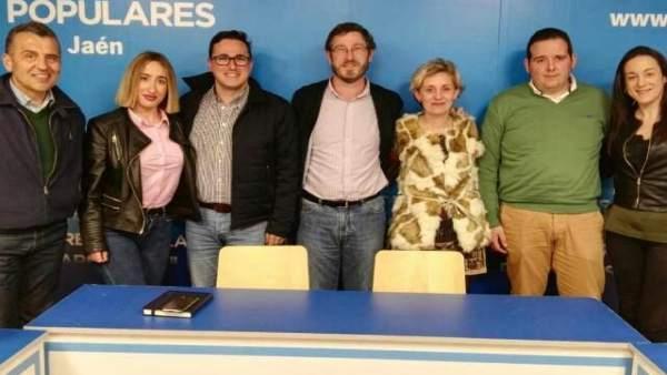 Integrantes de la gestora del PP en Albanchez