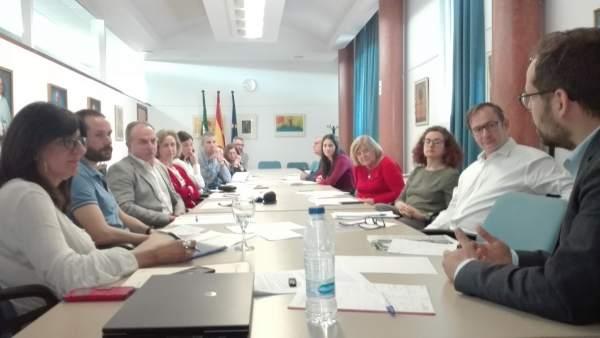 Encuentro sobre corrupción política en la Universidad de Huelva.