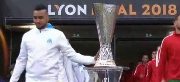 Dimitri Payet toca la copa