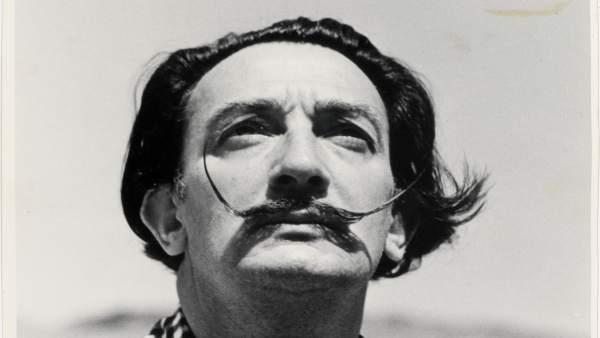Salvador Dalí (archivo)