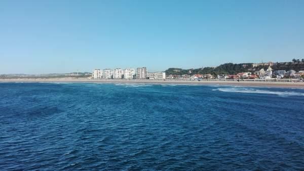 Playa de Salinas en Castrillón, mar Cantábrico, playas, verano,
