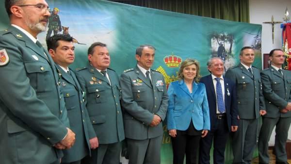 Salgueiro posa junto con Trebolle y miembros de la Benemérita.