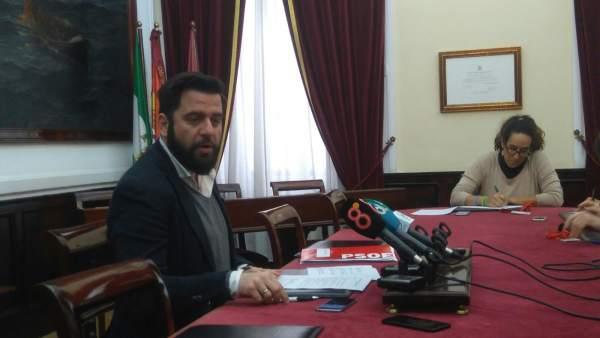 El portavoz socialista, Fran González