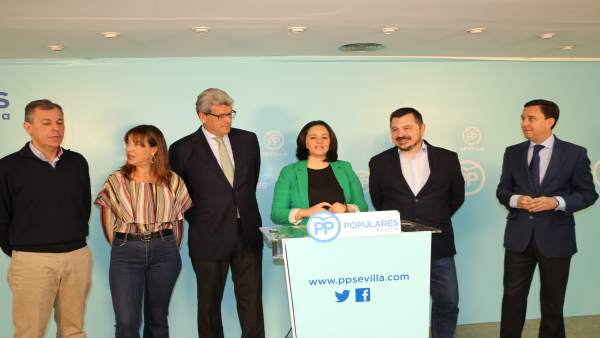Los populares Virginia Pérez y Toni Martín, entre otros