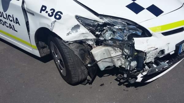 Coche de Policía Local siniestrado tras una persecución