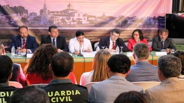 Presentación del Plan Aldea en El Rocío.