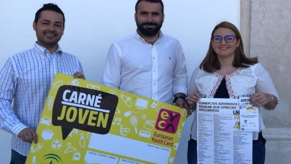 Mayoral (centro), en la presentación de la campaña