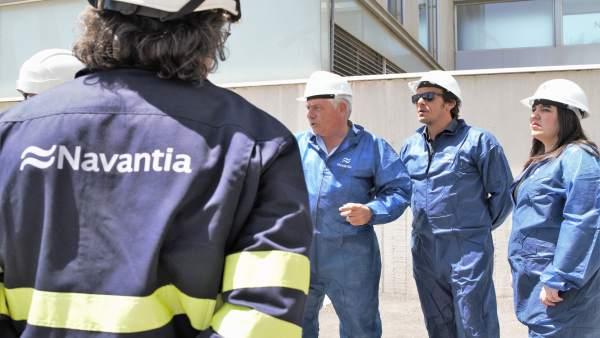 El alcalde de Cádiz en visita a Navantia