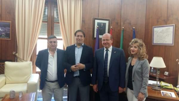 Reunión entre el delegado de Fomento y el alcalde