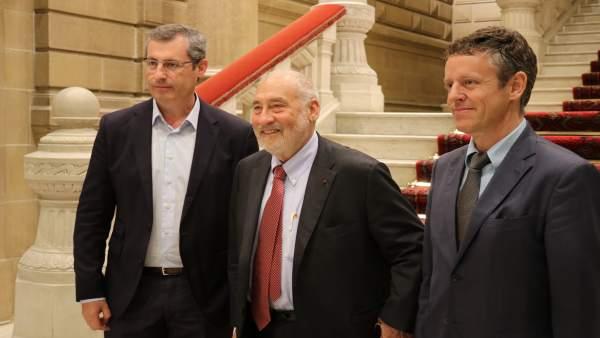 Markel Olano y Joseph Stiglitz