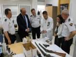 El director de la Policía Nacional, Germán López, visita la comisaría de Huelva.
