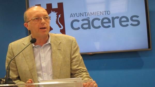 Domingo Expósito, concejal de Recursos Humanos de Cáceres