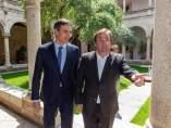 El presidente de Extremadura, Guillermo Fernández-Vara, y el secretario general del PSOE, Pedro Sánchez.