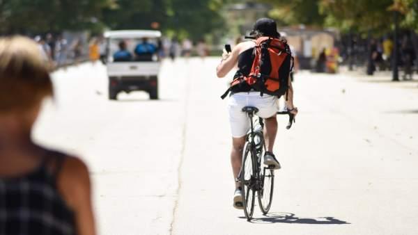 Turisme promociona l'oferta de cicloturisme de la Comunitat aquest cap de setmana en 'Bicifest València'