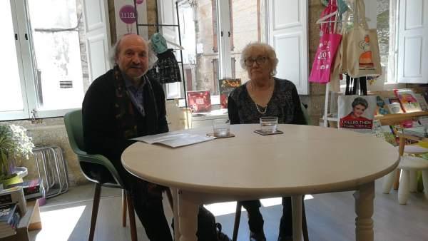 Cesáreo Sánchez e Isabel-Clara Simó en una rueda de prensa