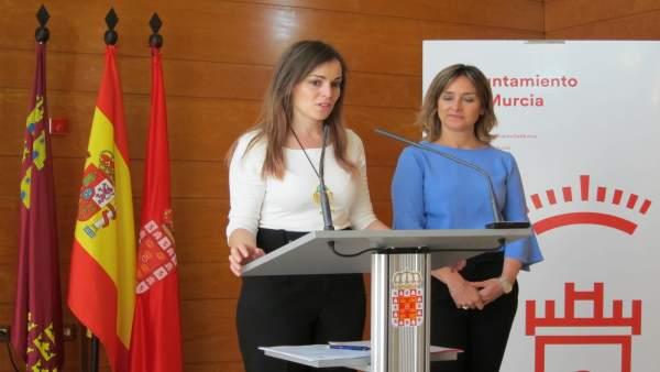 Rebeca Pérez y Conchita Ruiz