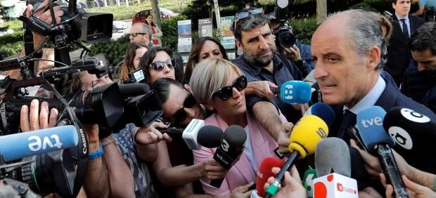 Anticorrupción pide imputar a Camps por contrataciones a Gürtel cuando era presidente de la Generalitat Valenciana