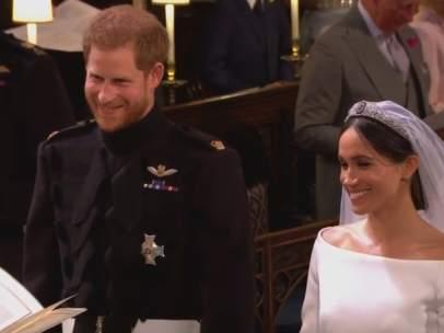 Meghan y Harry en el altar