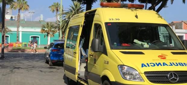 Herido grave al golpearse la cabeza en el Parque Santa Catalina (Gran Canaria)