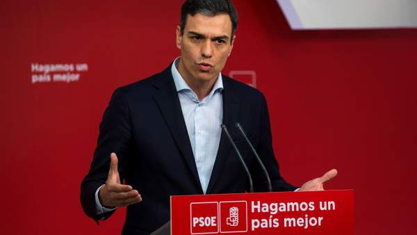 El secretario general del PSOE, Pedro Sánchez, este lunes en Ferraz.