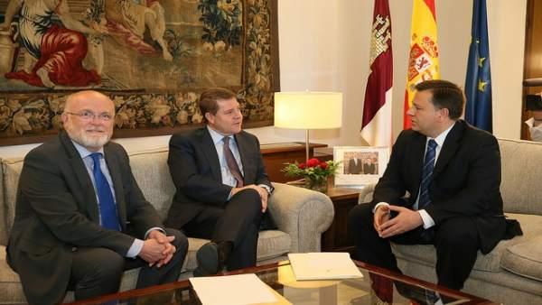Reunión entre Emiliano García-Page, Manuel Serrano y Pedro Antonio Ruiz Santos