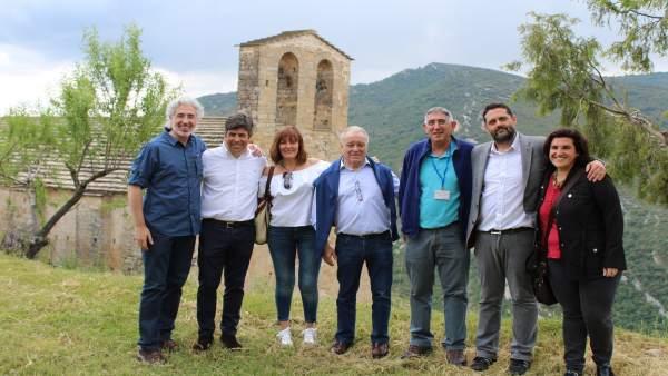 Representantes de ambas localidades, hoy en la romería a San Román