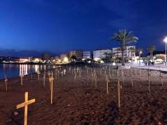 Tres heridos leves en enfrentamientos por cruces amarillas en las playas de Cataluña