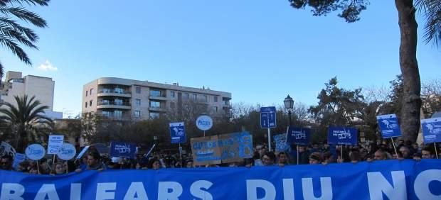 Manifestación en contra de las prospecciones en Palma