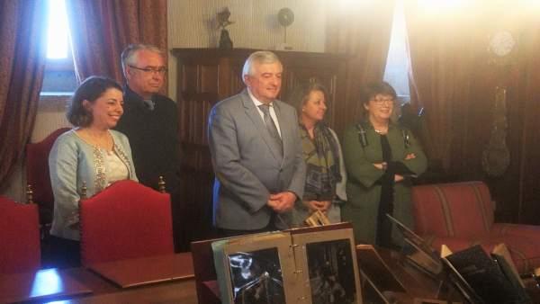 Recepción de los fondos personales de la biblioteca Valle-Inclán