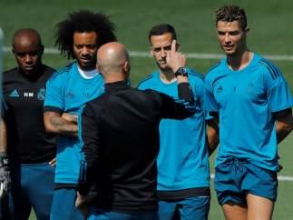 Zidane con Cristiano, Lucas y Marcelo