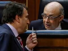 Rajoy saca adelante los Presupuestos con el respaldo ineludible del PNV
