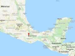 Rescatan en México a 101 inmigrantes hacinados en dos camiones