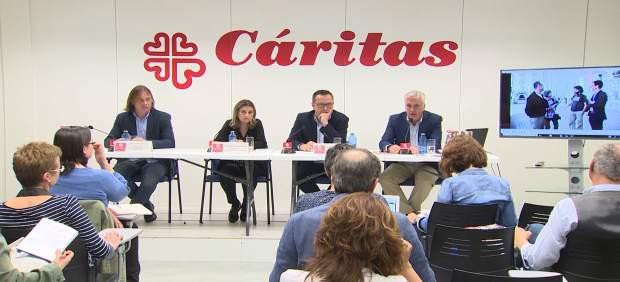 Cáritas pone cifra al precariado social: en España hay 6 millones de personas viviendo al día y ...