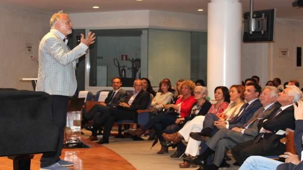 Conferencia de José María Gasalla.